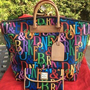 Dooney Bourke Retro Vanessa lg bag and wallet $250